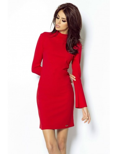 Pale pink sexy dress with a sweetheart neckline
