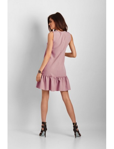Blouse with a houndstooth pattern on the neckline